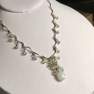 🌺Silver and light Green Necklace